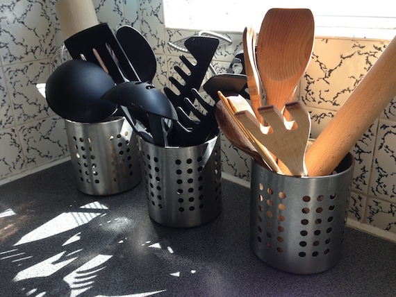 kitchen storage for ladels and spatulas idea